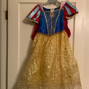 Other - Snow White dress